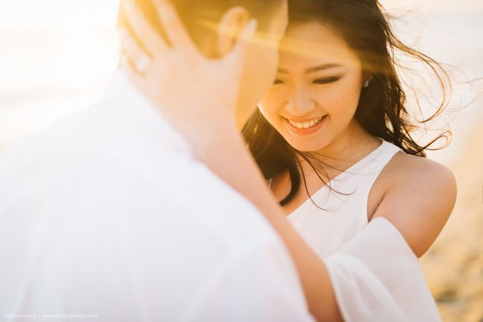 Isabella & Ricky Melbourne Prewedding by Elly Liana Makeup Artist - 020