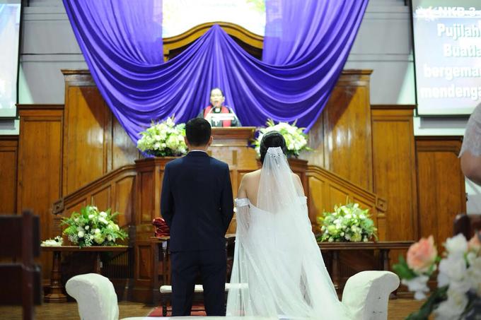Nobel and Deriza Wedding by akar photography - 006