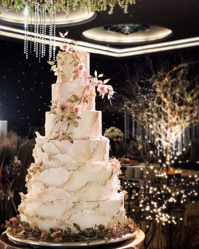 5 & 6 Tiers Wedding Cake by LeNovelle Cake - 016