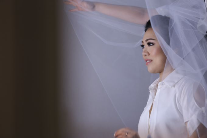 Iswandi &  Liena Wedding by MariMoto Productions - 012