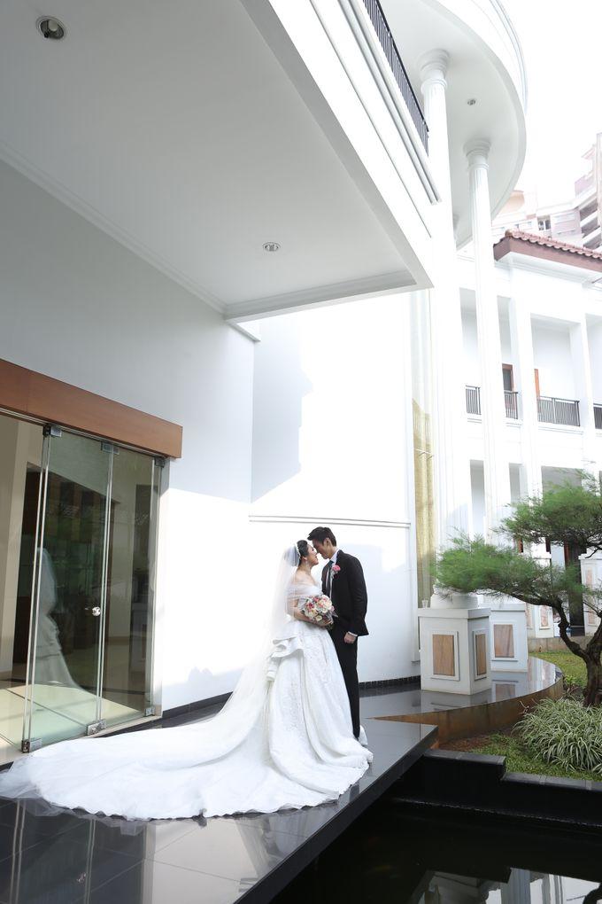 Iswandi &  Liena Wedding by MariMoto Productions - 022
