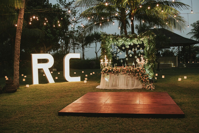 Raymond & Claudya Wedding  by It's True Wedding Planner and Decoration - 005