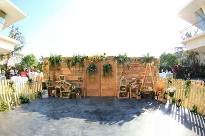 CHRISTIAN & EVITA WEDDING - 12 SEPT 2015 by It's True Wedding Planner and Decoration - 028