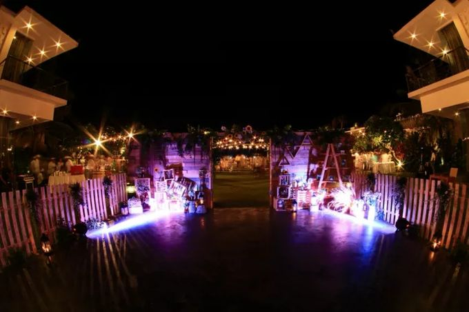 CHRISTIAN & EVITA WEDDING - 12 SEPT 2015 by It's True Wedding Planner and Decoration - 034