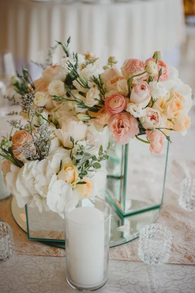 ELEGANT INTIMATE WEDDING by It's True Wedding Planner and Decoration - 017