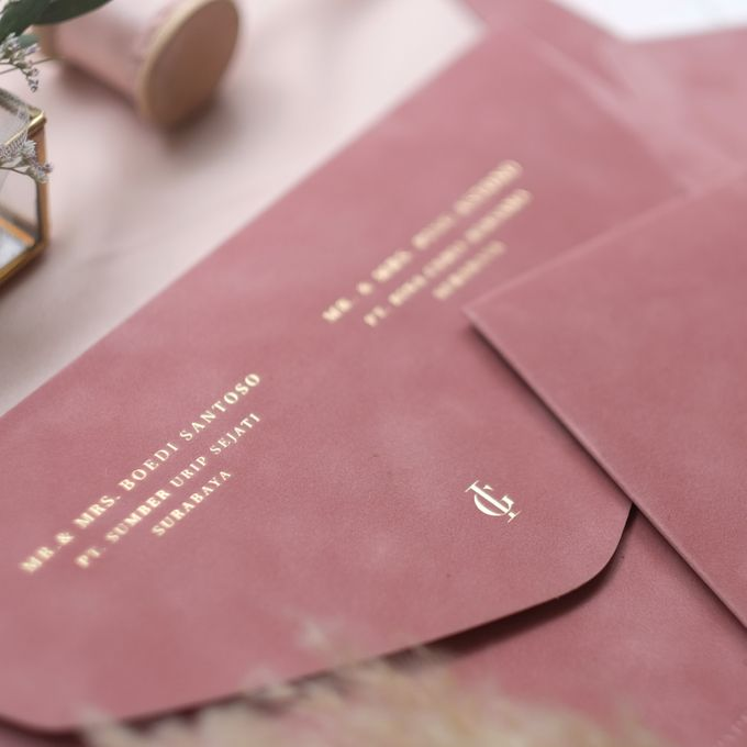 Ivan & Gladys by Paperi & Co. - 003
