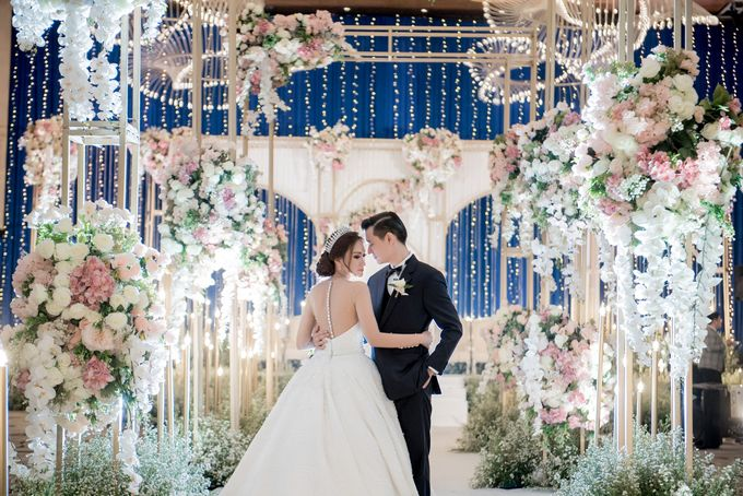 The Wedding of Ivan & Jofany by Casablanca Design - 008