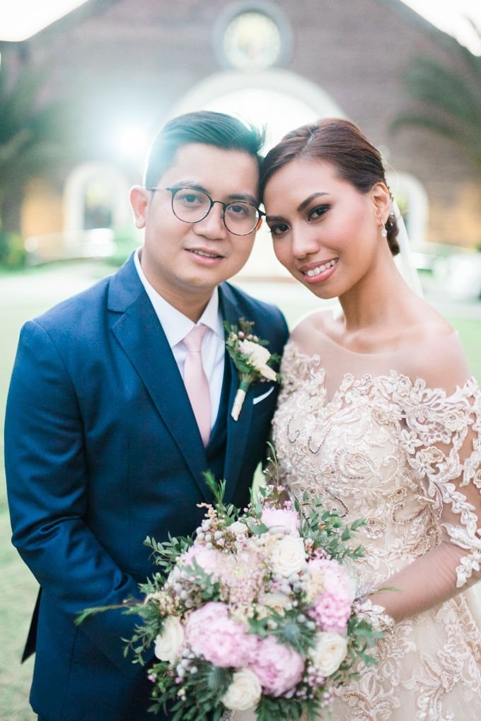 Geometric and Marble inspired wedding in Pinks, Purples and Blues by Ivy Tuason Photography - 042