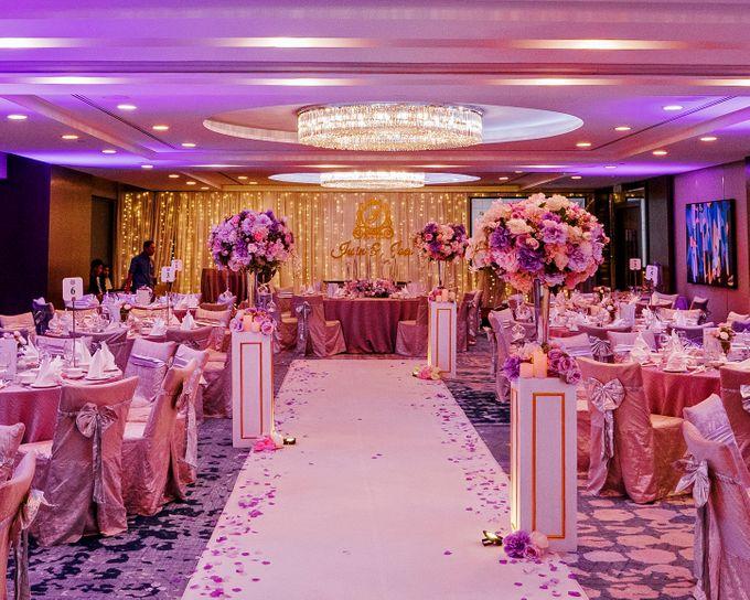 Iwin & Joel - Fairytale lilac wedding by Blissmoment - 003