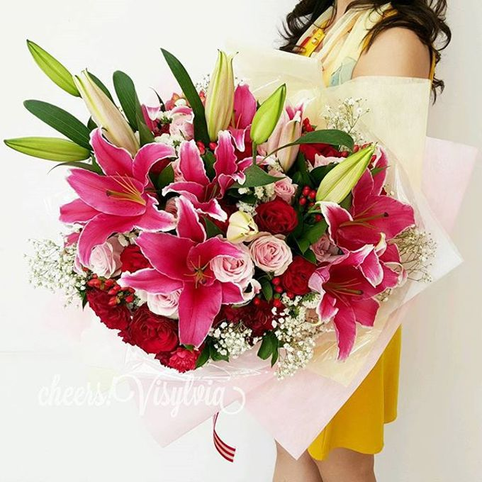 Gift Bouquet  by visylviaflorist - 030
