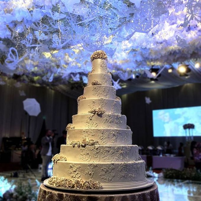 7 & 8 tiers Wedding Cake by LeNovelle Cake - 002