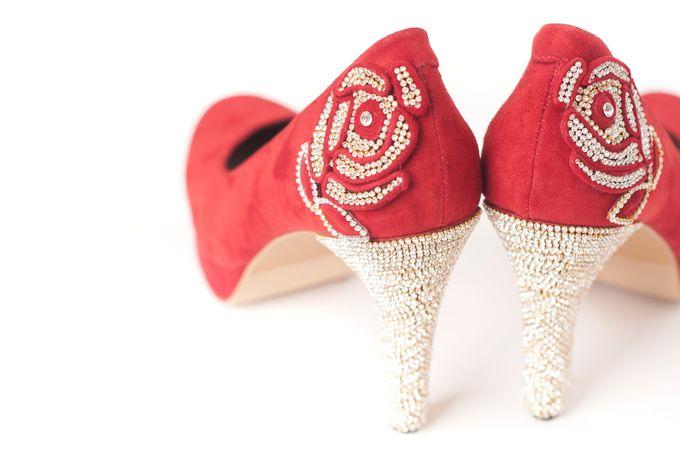 'I DO'  wedding shoes by crowdphotographer.com - 012