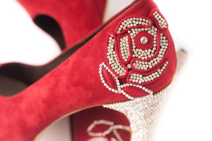 'I DO'  wedding shoes by crowdphotographer.com - 025