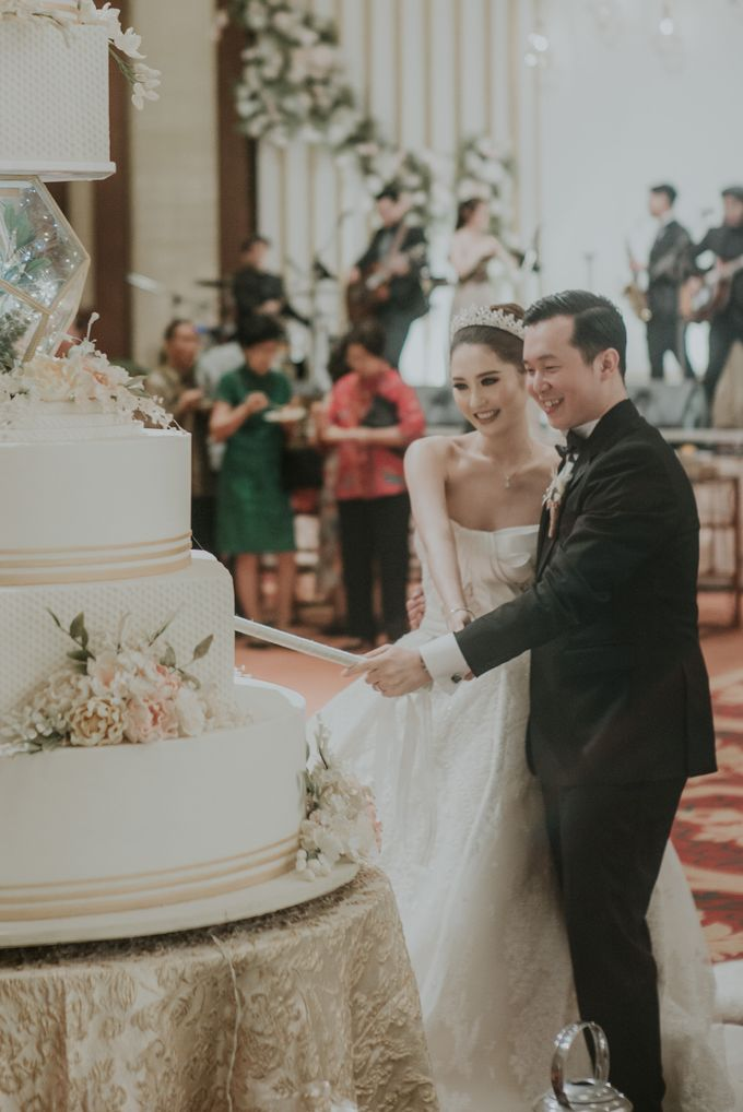 Holy Matrimony & Reception of Jonathan & Ellen by Atham Tailor - 021