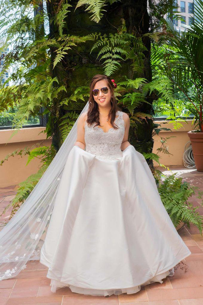 Four Seasons Hotel Wedding by GrizzyPix Photography - 024