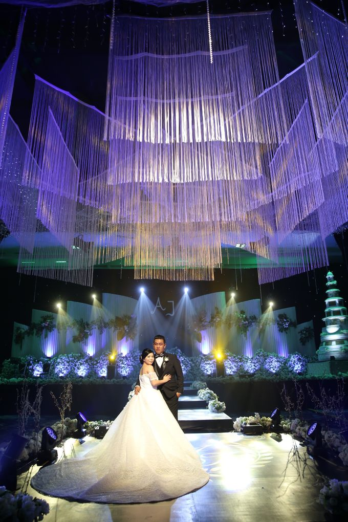 THE WEDDING OF ALONG AND JASSLYN by ODDY PRANATHA - 016