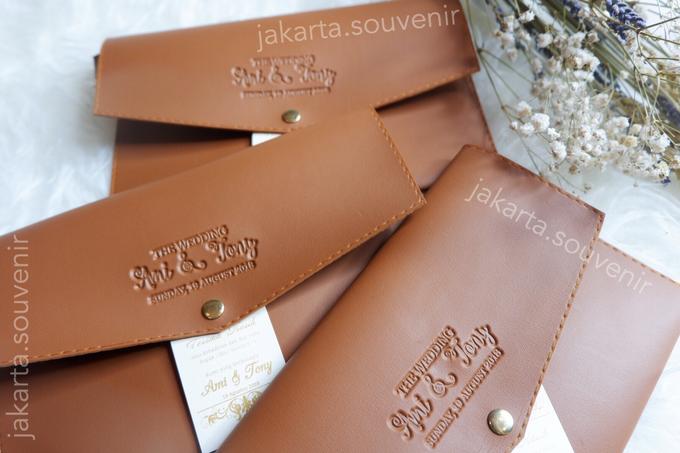 Pouch SV3 leather by Jakarta Souvenir - 001