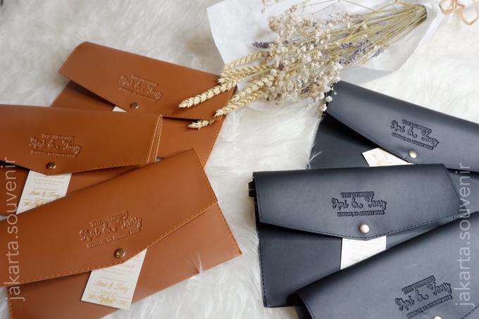 Pouch SV3 leather by Jakarta Souvenir - 003