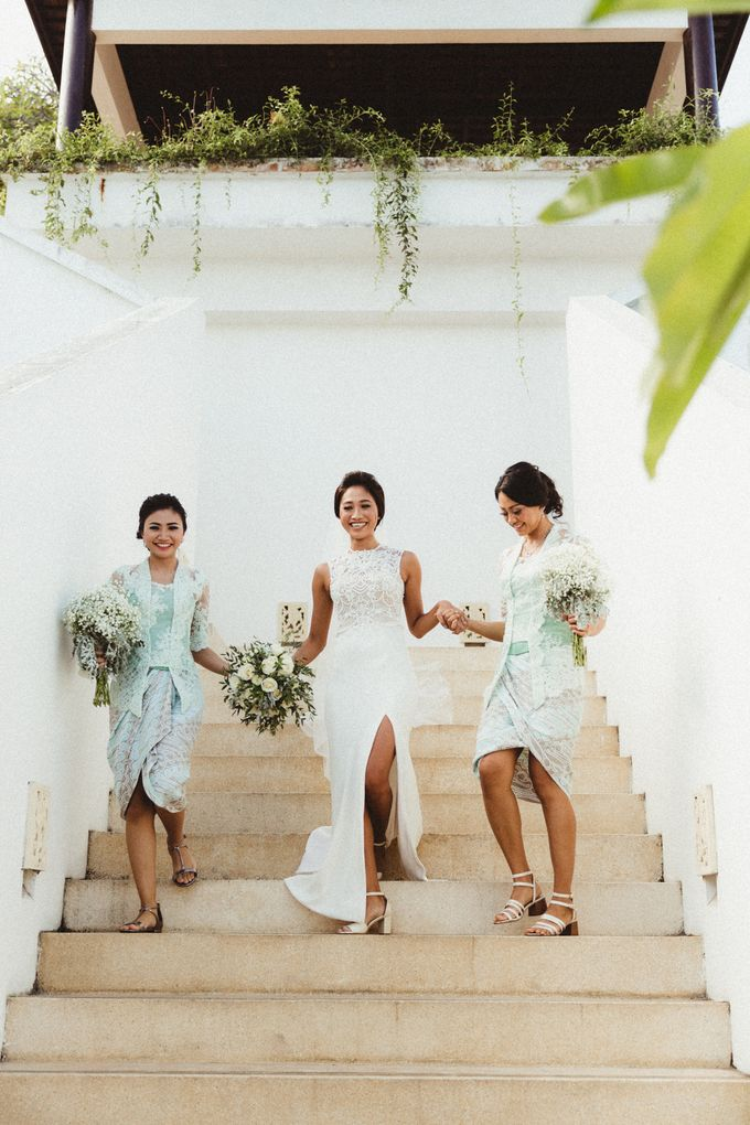 Modern Botanical Wedding of James & Dyah at Villa OMG Bali by PYARA - 028