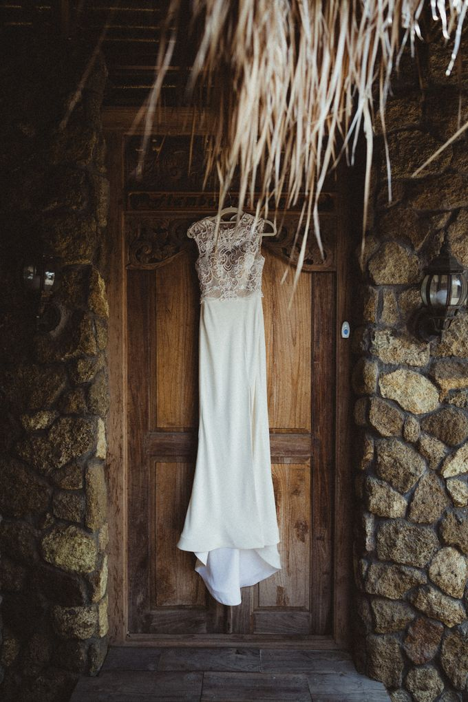 Modern Botanical Wedding of James & Dyah at Villa OMG Bali by PYARA - 021