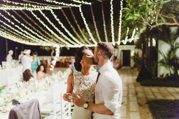 Modern Botanical Wedding of James & Dyah at Villa OMG Bali by PYARA - 035