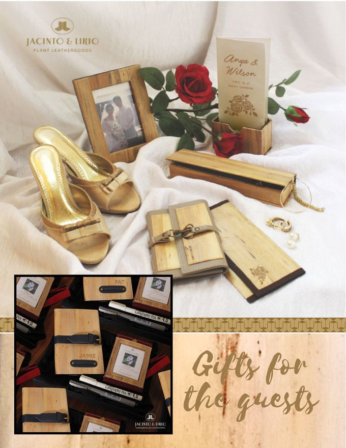 Personalized Wedding Gifts, Tokens and Souvenirs made from Vegan Leather by Jacintoandlirio - 019