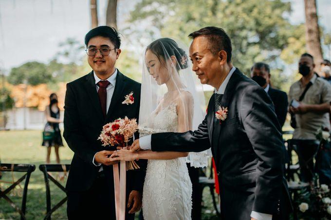 Wheeler's Estate Wedding by GrizzyPix Photography - 019