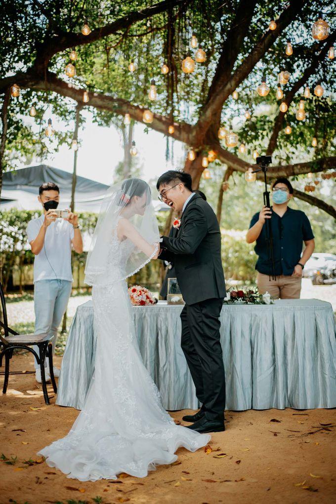 Wheeler's Estate Wedding by GrizzyPix Photography - 023
