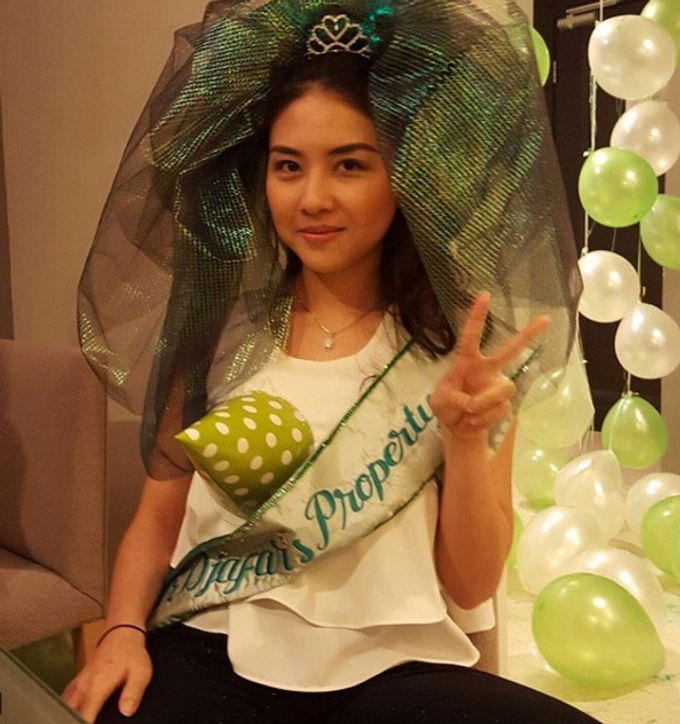 Light Up Green Veil & Sash by Woohoo Party Supplies - 002