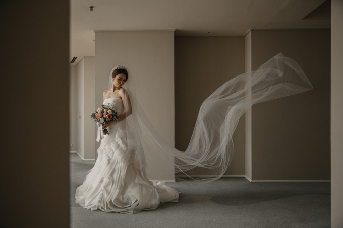 Holy Matrimony • Arnold & Vina by Vera Wang Singapore - 009