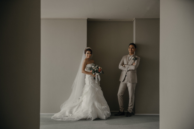 Holy Matrimony • Arnold & Vina by Vera Wang Singapore - 012