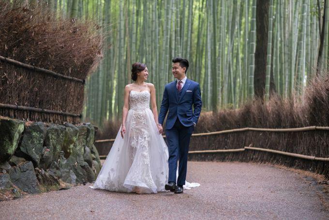 Bespoke wedding dress by Kelly's Bridals - 002