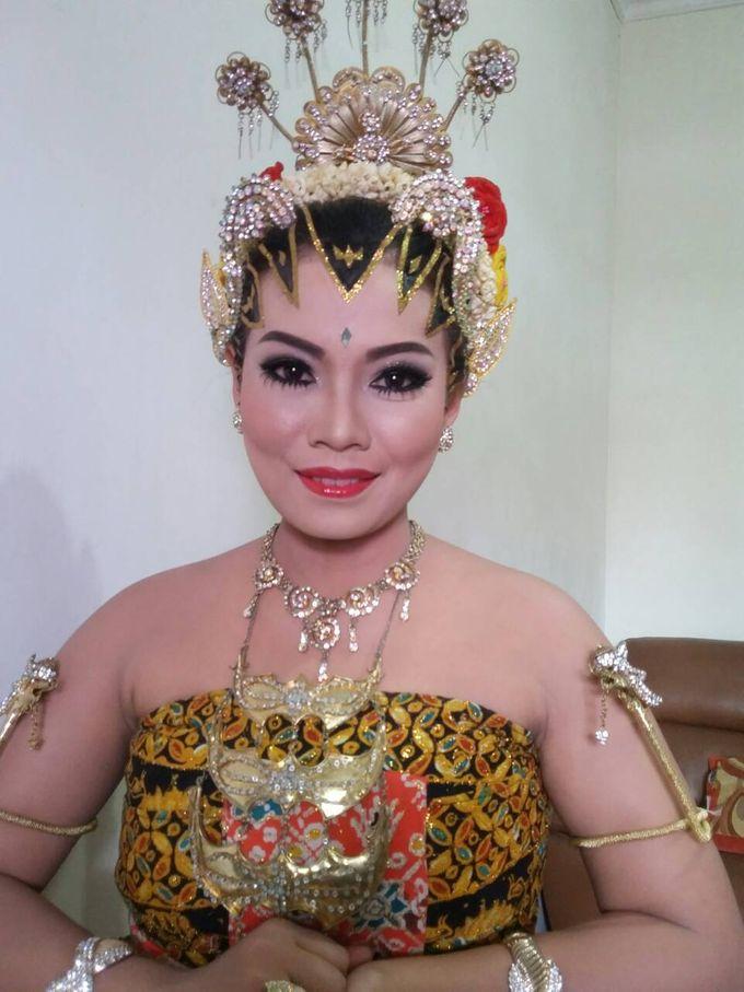 A Dream Come True Wedding by Sanggar Rias Pengantin Shanti Chaidir - 010