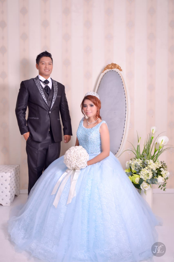 PREWEDDING INDOOR VERONICA & FEBRIANT by JCL FOTO BRIDAL SALON - 002
