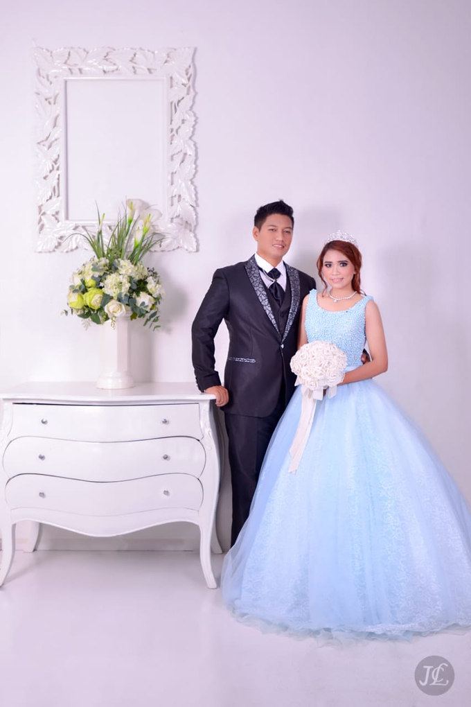 PREWEDDING INDOOR VERONICA & FEBRIANT by JCL FOTO BRIDAL SALON - 003