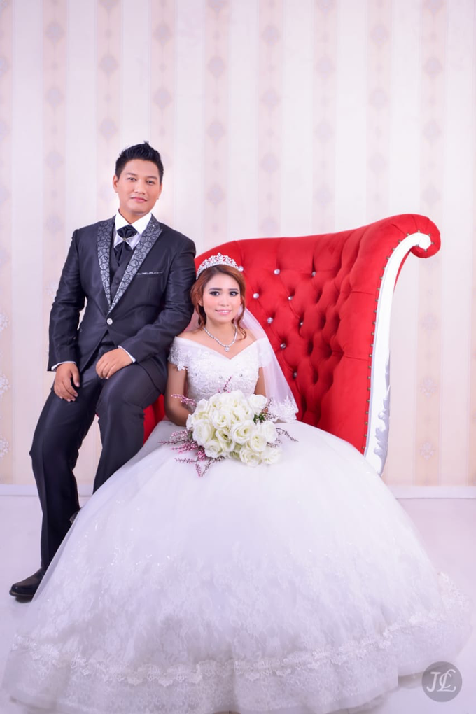 PREWEDDING INDOOR VERONICA & FEBRIANT by JCL FOTO BRIDAL SALON - 008
