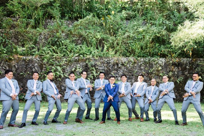Geometric and Marble inspired wedding in Pinks, Purples and Blues by Ivy Tuason Photography - 013