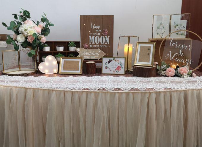 Photo Album Table  Styling by Jcraftyourevents by Jcraftyourevents - 026