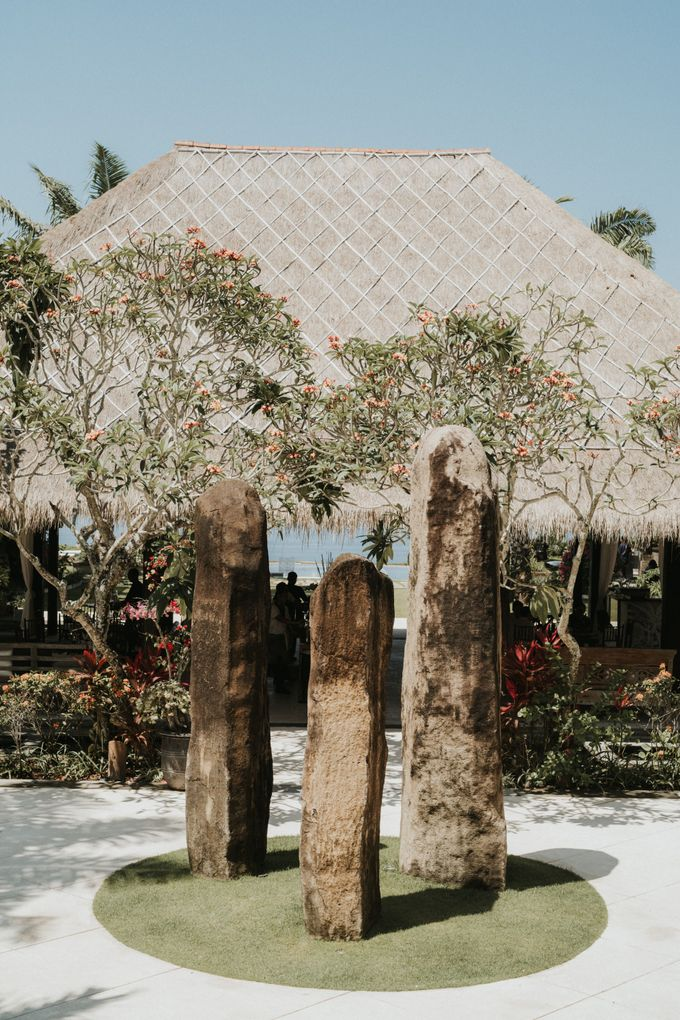 Chris & Calista Real Wedding at The Stone House by Tirtha by Tirtha Bridal - 010