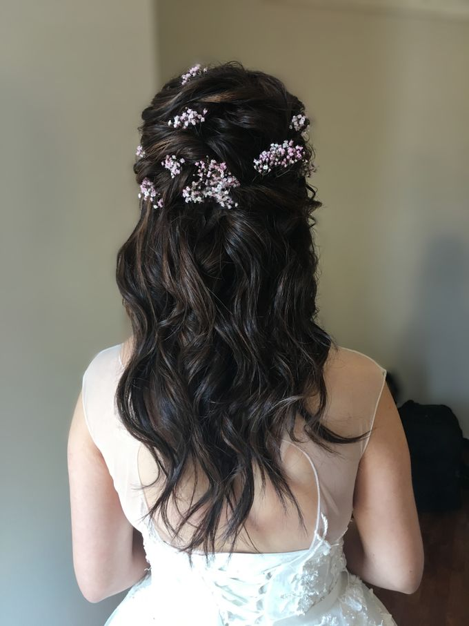 Romantic Floral Rustic Half up Half Down Hairstyles by Sylvia Koh Makeup and Hairstyling - 003