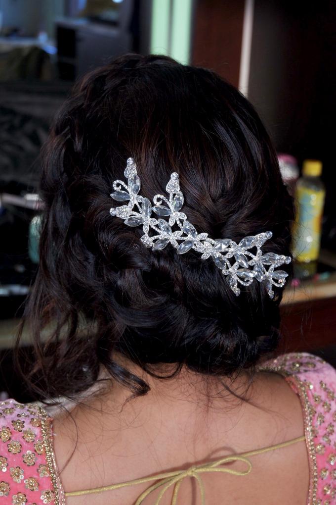 Indian Bride, Trisha  by Jeanette Anandajoo - 005
