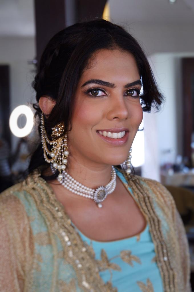 Indian Bride, Trisha  by Jeanette Anandajoo - 011