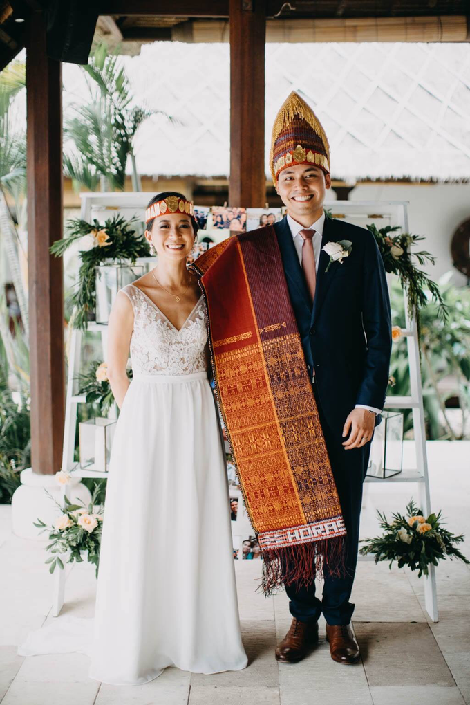 Batak and vietnames wedding look for Kim by Jeanette Anandajoo - 007