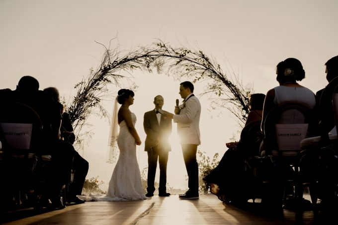 Intimate Sunset Wedding of  Caleb & Jeannie by AKSA Creative - 014