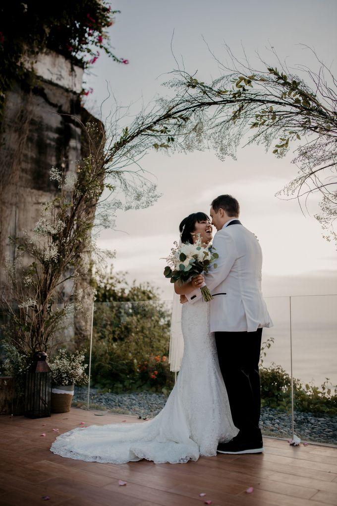 Intimate Sunset Wedding of  Caleb & Jeannie by Vilia Wedding Planner - 016