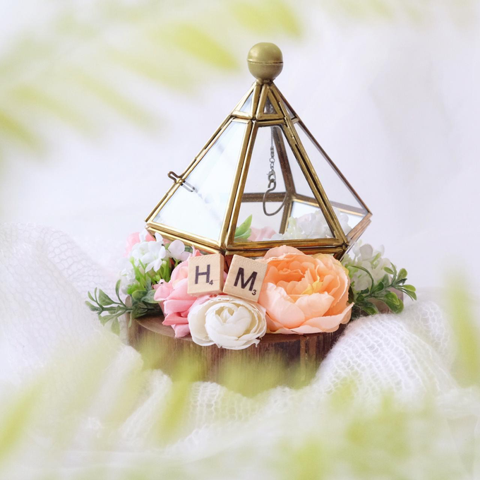Kite Ring Bearer for Marinda & Partner by Jeestudio Id - 005