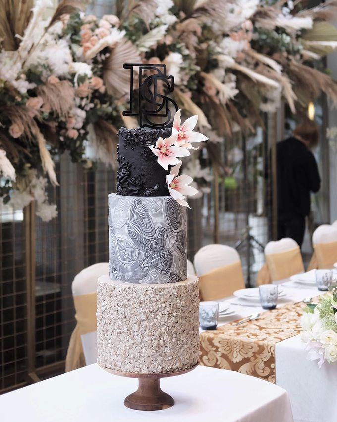 The Wedding of Ericko & Shelvy by KAIA Cakes & Co. - 002