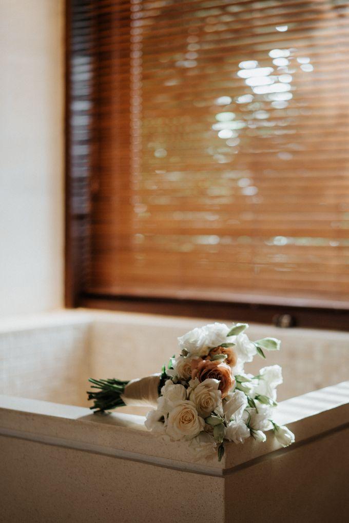 Wedding day of Jeffry & Kathrin at The Ungasan Uluwatu Bali Villas by THE UNGASAN CLIFFTOP RESORT BALI - 002