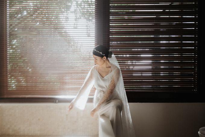 Selebrasi pernikahan intimate dengan sentuhan bintang di tebing ungasan, Mengakhiri long-distance 6 tahun dengan selebrasi pernikahan di Ungasan by THE UNGASAN CLIFFTOP RESORT BALI - 006