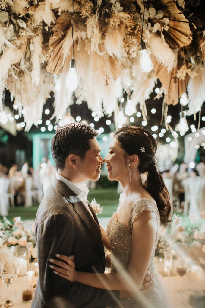 Wedding day of Jeffry & Kathrin at The Ungasan Uluwatu Bali Villas by THE UNGASAN CLIFFTOP RESORT BALI - 012